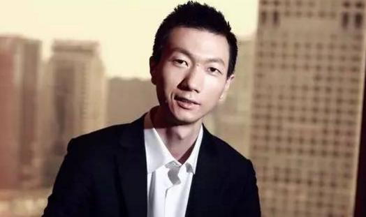 """点点客黄梦获选新三板金牌董事长""""创业领袖之星"""""""